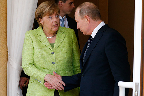 Merkel asked Putin to give her a hope. 60434.jpeg