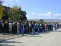 At least 3000 Kosovars gathered to declare independence from Serbia