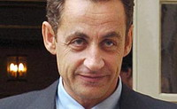 Sarkozy tries to gain his authority by Russian problems