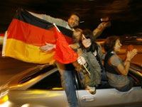 Germany celebrates its semi-final victory at Euro 2008 peacefully