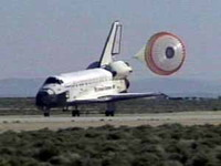 Endeavour makes safe landing in Florida