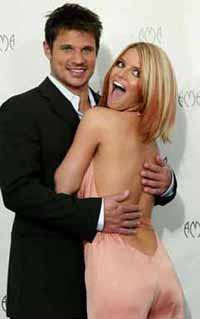 The end of TV-marriage: Simpson and Lachey announce divorse