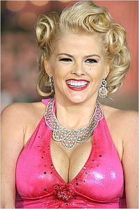 Bahamian police investigates death of Anna Nicole Smith's son in California