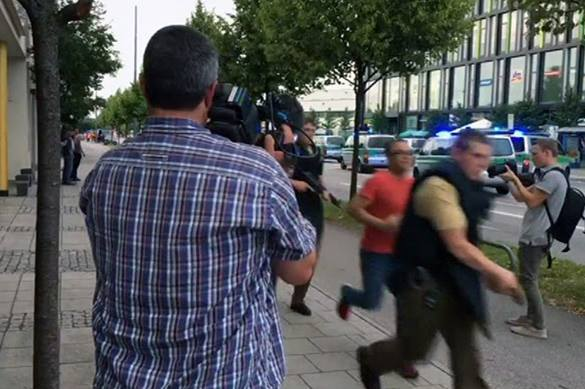 Terrorists open fire at Munich shopping mall. At least 6 killed. Video. 58472.jpeg