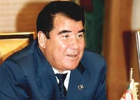 Father of all Turkmen, President Saparmurat Niyazov, dies of sudden cardiac arrest