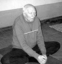Man of ninety-three practices yoga to fight tuberculosis