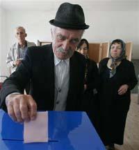 Balkan leaders welcome Montenegro independence vote