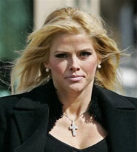 Judge Orders Trial for Anna Nicole Smith's Lover and Two Doctors
