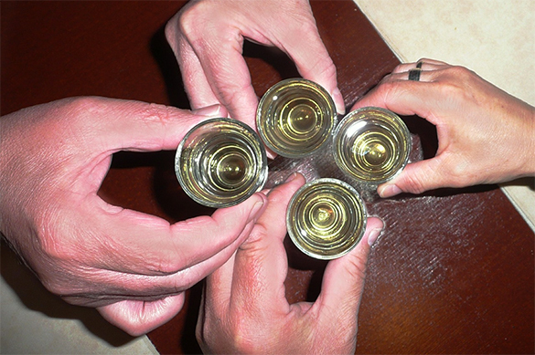 A third of Russians never drink alcohol, study says. 60504.jpeg