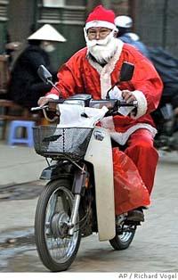 Vietnam finally celebrates Christmas with crazy Santas
