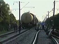 Hundreds evacuated after train carrying yellow phosphorus derails in Ukraine