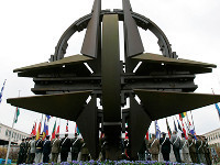 Loose NATO may rise against Russia with Ukraine's help. 52523.jpeg
