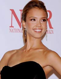 Jessica Alba takes a comedic turn in her 'Good Luck Chuck'
