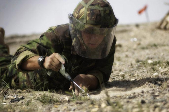 Pentagon blackmails Europe with minefields. Miner