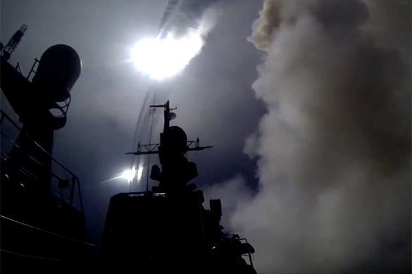 Russian Navy launches cruise missiles on ISIS infrastructure in Syria. Video. Russian Navy attack ISIS