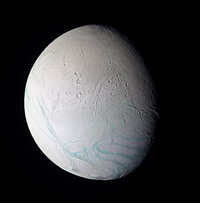 Saturn's moon Enceladus excretes organic chemicals and water vapors