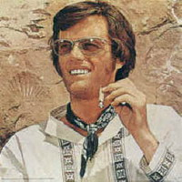 Peter Fonda sells American flag at auction