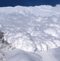 New Zealand ski patroller caught in avalanche