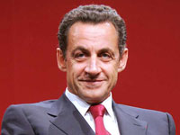 Nicolas Sarkozy tries to win Tony Blair's place to become Bush's poodle