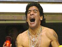 Maradona Vows to Run Naked