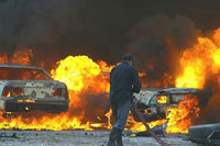 Three car bombs explode in Iraqi town causing numerous casualties
