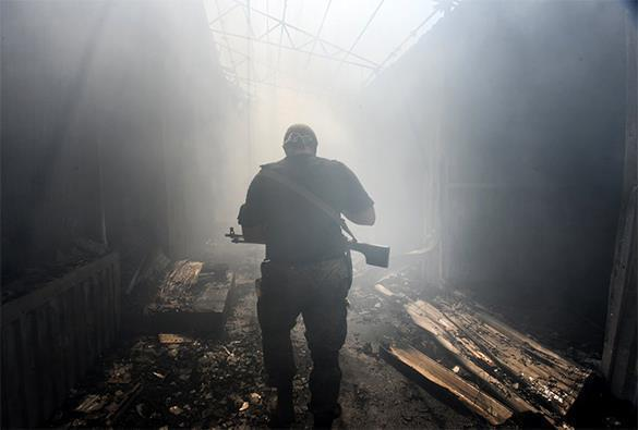 Minsk ceasefire broken by forked tongue. Ceasefire in Donbass?