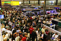 US holiday travelers face weather-caused delays
