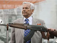 Rosoboronexport To Develop New Models of Kalashnikov Rifles