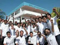 Over 22,000 foreign doctors trained by Cuba in 2011. 45584.jpeg