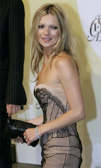 Nude Kate Moss's photos to be sold at auction