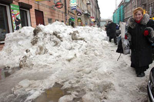 Russians Conquer Mountains of Snow, Drown in Spring Mud
