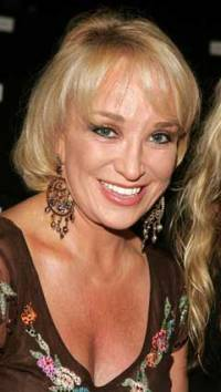 Tanya Tucker sued for 0,000 sued by manicurist