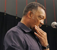Rev. Jesse Jackson apologizes for his wanting to cut off Obama's testicles