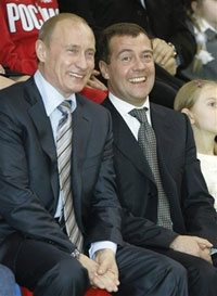 Vladimir Putin may become Dmitry Medvedev's successor at Gazprom