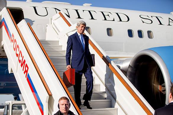 Kerry arrives to Moscow to make sacrifices. Kerry