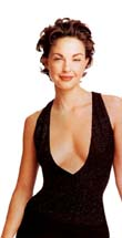 Ashley Judd tells magazine she was treated for depression