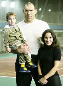 Nikolai Valuev, his wife Galina and their son Grisha