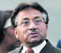 Pakistani police arrest activists protesting against President Musharraf