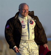 Team of elite athletes and expert mountaineers hope to find Steve Fossett