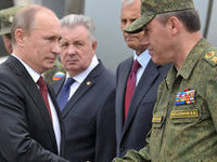 Putin attends Russia's largest drills in post-Soviet history. 50614.jpeg