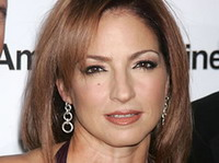 Gloria Estefan introduces Cuban-Americans to her new album