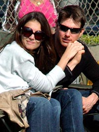 Tom Cruise to marry Katie Holmes in summer
