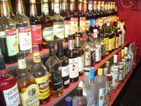 Free shots of liquor remain in past in Wisconsin