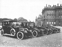 The royal love to cars and trains had no limits in tsarist Russia. 49622.jpeg