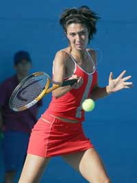 Former champion Myskina loses to Shaughnessy in 1st round
