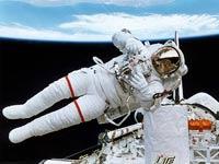 Metal shavings cause solar-panel problems, astronauts report
