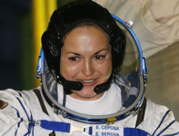 Russian female cosmonaut arrives on ISS after 17 years. 53643.png
