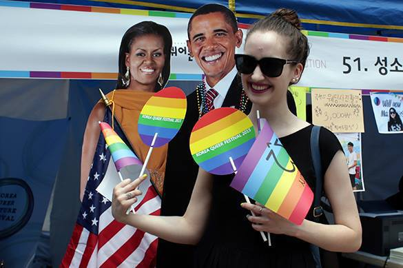 Obama saddened he could not congratulate American gays. American gays