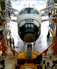 NASA delays next launch for Atlantis, deals with fuel tank repairs
