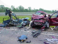 Fondling female driver loses control and kills people
